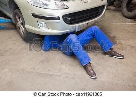 Auto Mechaniker by Automechaniker Unter Auto Mann Mechaniker Unter
