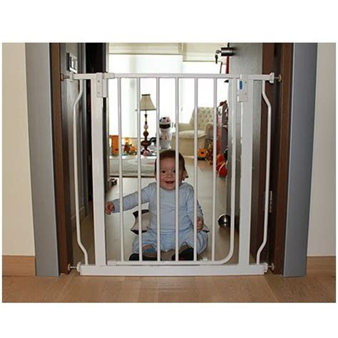 Baby Door Gate by China Safety Door Gate For Baby China Baby Safety Gate Baby Safety