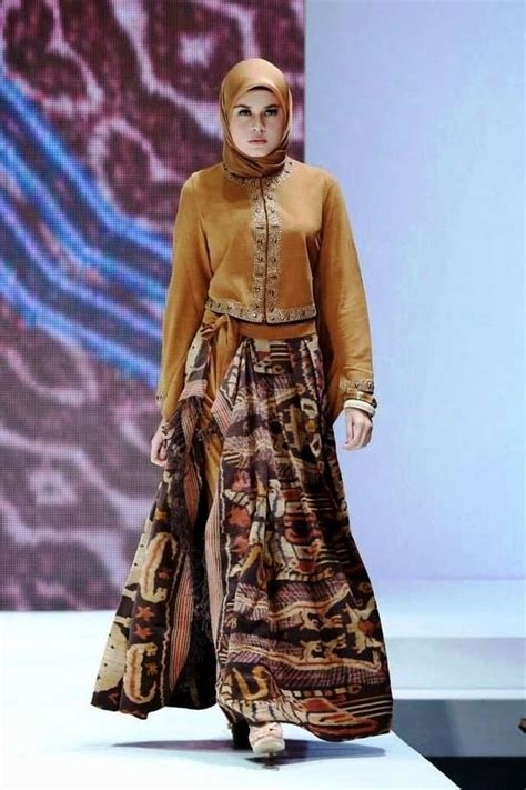 Baju Batik Pesta Modern Gamis Muslim Modern 2 ッ 21 model baju batik pesta untuk wanita muslim modern