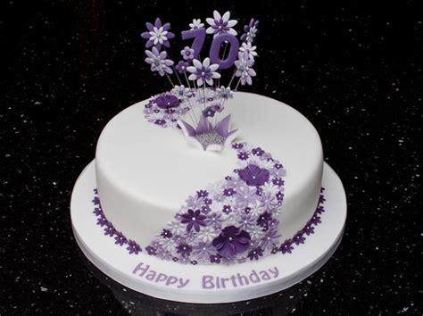 pasta di zucchero decorazioni fiori torta con i fiori foto pourfemme