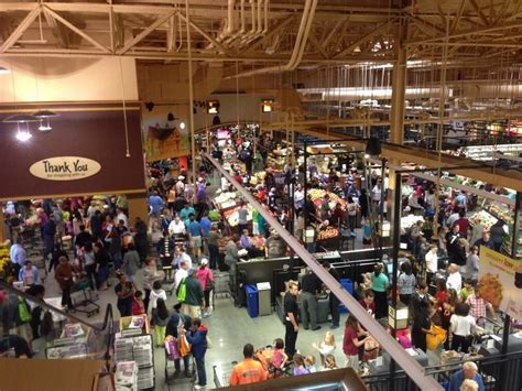 shop america grocery store wegmans coming to new york business insider