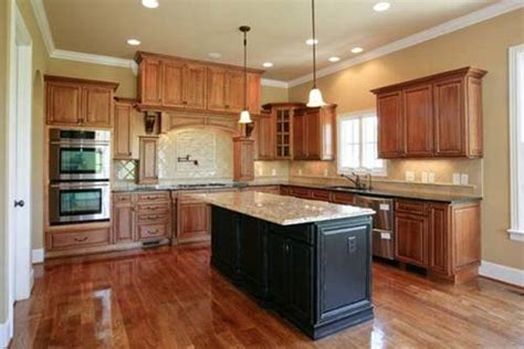 best guides to paint colors for kitchens with maple cabinets home design interiors