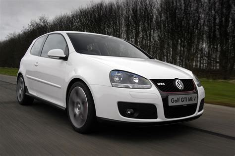 Volkswagen Golf Mk5 Vw V Typ 1k Tdi Rabbit Merah Majorette Car vw golf gti mk5 buying checkpoints evo