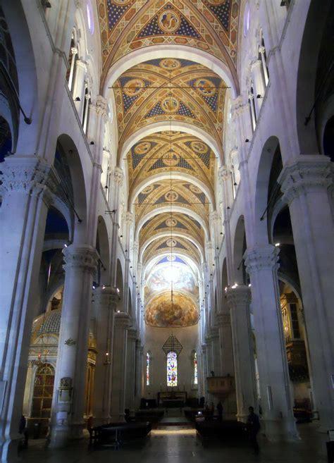 duomo di lucca interno file lucca cattedrale di san martino interno jpg