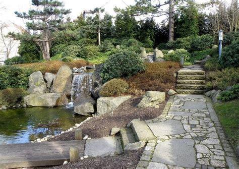 japanischer garten rasen ein japanischer berggarten gestaltungsbeispiele