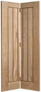 oak bifold interior doors 25 best ideas about doors on white