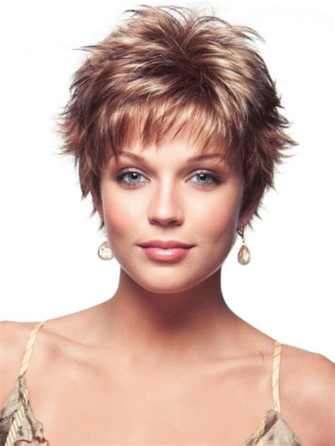 short haircuts for fine curly hair heavyset women 16 sassy short haircuts for fine hair