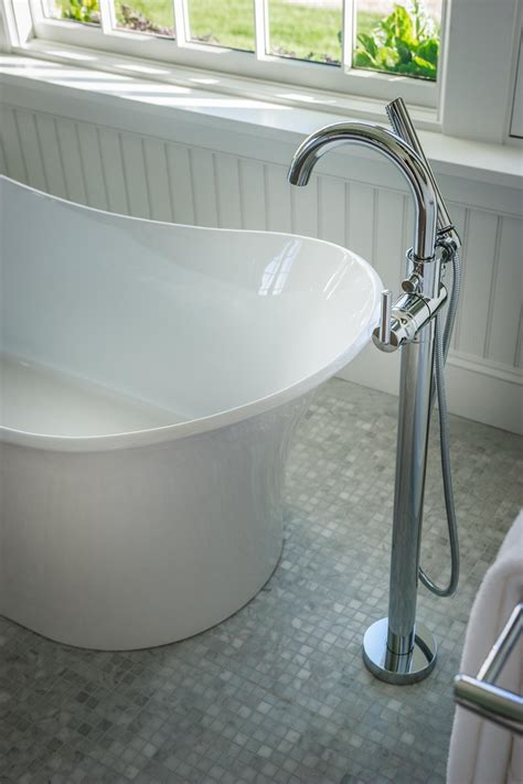 free bathtub hgtv dream home 2015 master bathroom hgtv dream home 2015 hgtv