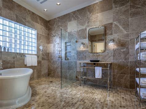 Dallas Bathroom Remodel by 7 Dallas Master Bathrooms Better Than A Luxury Spa