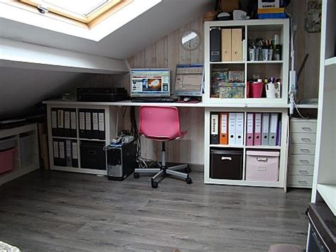 bureau sous combles une scraproom sous les toits craftroom