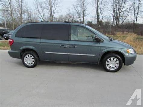2007 Chrysler Minivan by 2007 Chrysler Town Country Lwb Mini Passenger 4dr