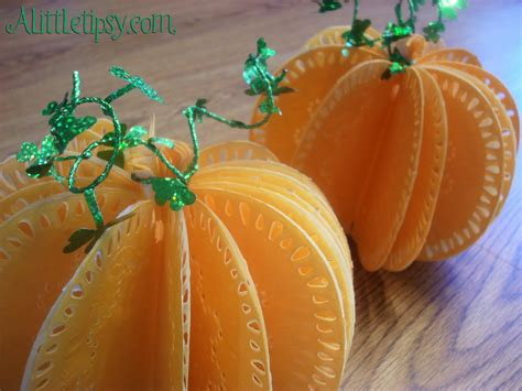 Pumpkin Paper Craft - a tipsy sugar bee crafts