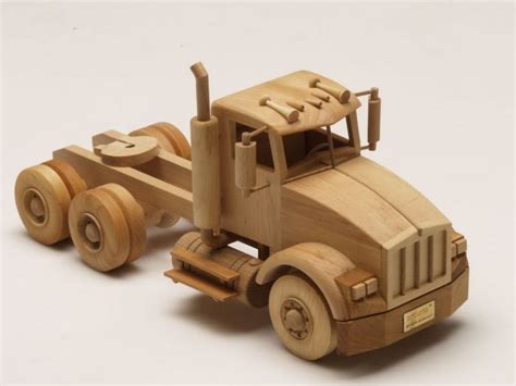 wooden kenworth truck http puccimanuli com pages products php cat 15