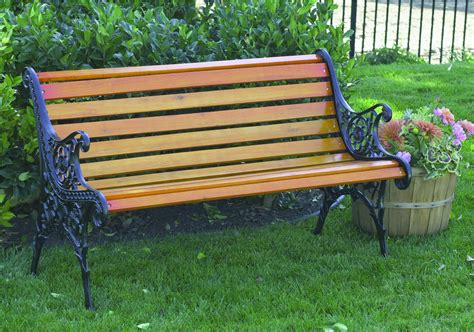picture of a park bench sponsor a park bench
