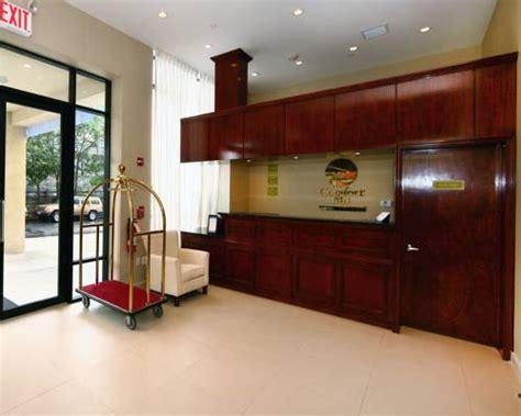 comfort inn brooklyn 353 38th street comfort inn sunset park park slope near manhattan mall