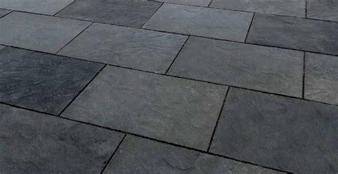piastrelle in pietra lavica pavimento per esterni effetto pietra benacus 174 pietra