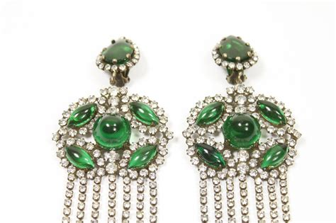 Emerald Green Chandelier Earrings 1960s Kenneth Fabulous Emerald Green Chandelier Earrings At 1stdibs