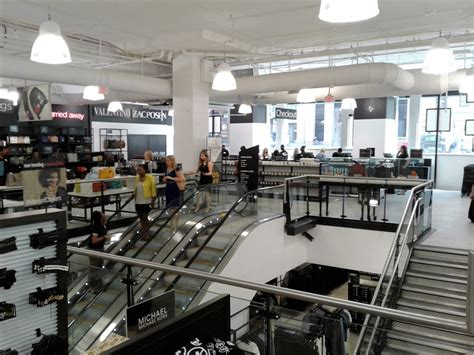 The Rack Saks by Discount Clothing Retailer Saks 5th Opened Today 555