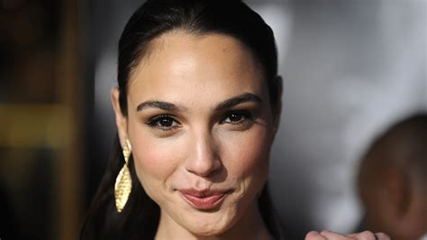 23  Gal Gadot HD wallpapers free Download