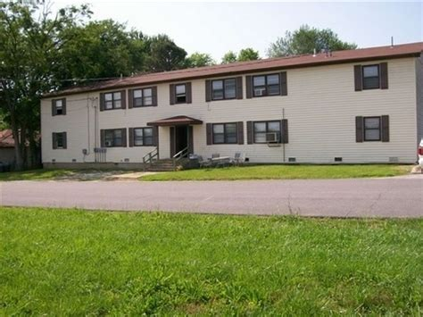 Apartments Houston Mo 112 W Spruce St Houston Mo 65483 Rentals Houston Mo