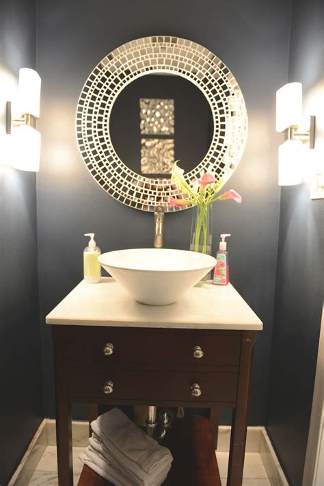 Half Bathroom Decorating Ideas Pictures by Small Half Bathroom Ideas Decosee Com