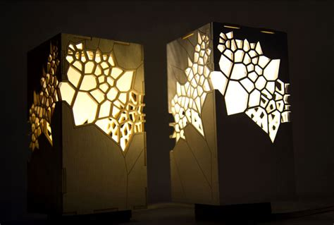 voronoi  delaunay table light  mariam ayvazyan
