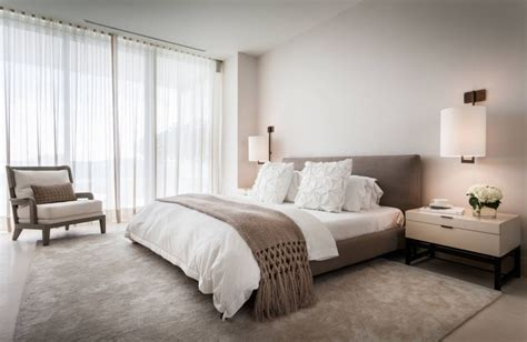 Taupe Bedroom | using taupe to create a stylish and romantic bedroom