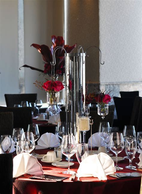 Romantic tablescape with burgundy linens ~ #wedding #party