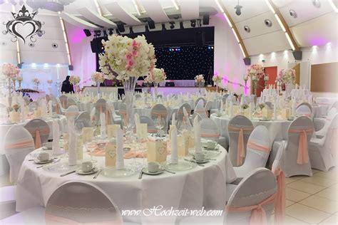 tischdeko hochzeit vasen elegante und extravagante vasen f 252 r tischdekoration