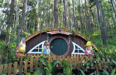 rumah hobbit jogja pilihan wisata  tak  terlewat