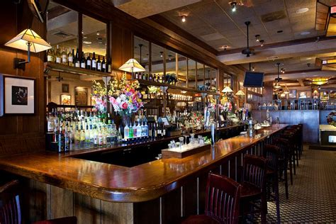 American Bar Grill by Hemingways American Bar Grill 171 Island Leisure