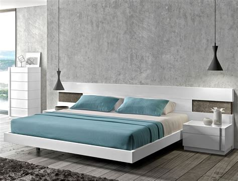 White Platform Bed White Modern Platform Bed With Led