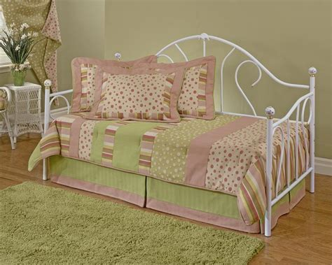 day beds for girls dreamy daybed bedding american girl wooden global