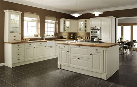 cream kitchen cabinet doors cream shaker style kitchen cabinet doors cream kitchen
