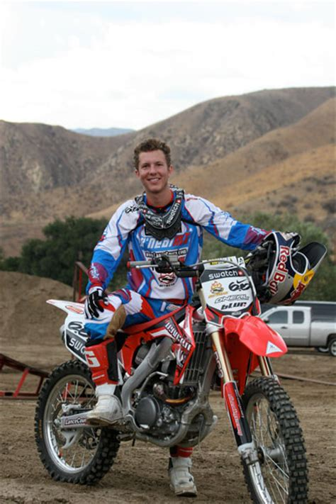 Freestyle Motocross Rider Lance Coury Teams Up With K N
