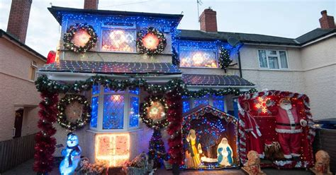 christmas themes beginning with s stirchley couple start christmas early with awesome light