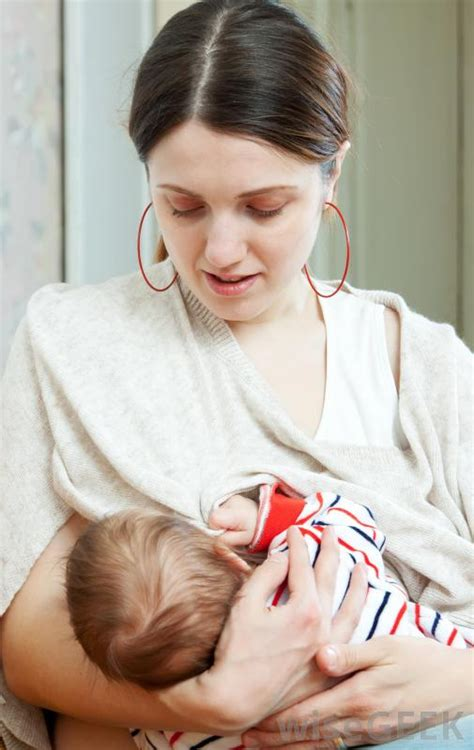 how to stop comfort nursing how do i choose the best breastfeeding shawl with pictures