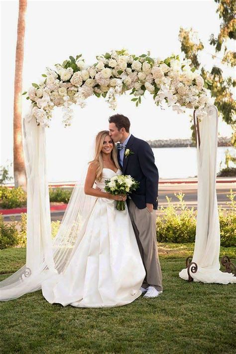 Floral Wedding Decorations by 30 Floral Wedding Arch Decoration Ideas Ceremony Arch