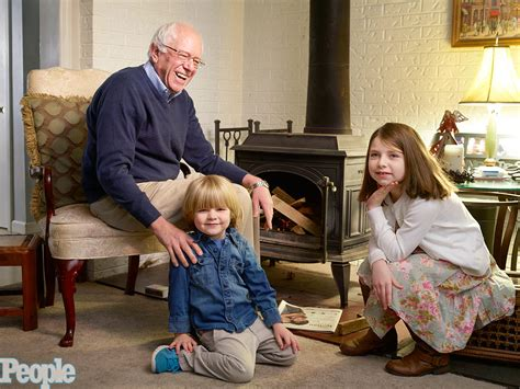 bernie sanders vermont home inside bernie sanders family and home he does his