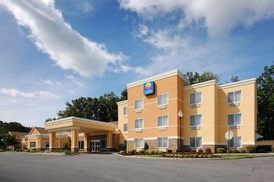 comfort inn brand comfort hotel brand goes smoke free family vacation critic