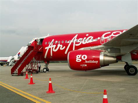 air asia bandung surabaya juni mendatang airasia terpaksa tutup lima rute berita