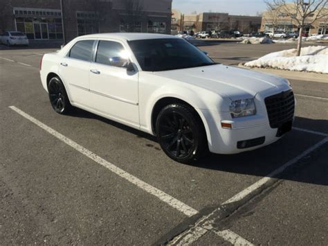 custom white chrysler 300 2010 white chrysler 300 170k 20in black premium