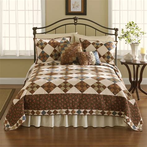 Patchwork Bed Quilts - selina patchwork cotton quilt bedding