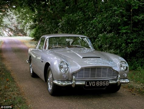 vintage aston martin db5 collector buys 163 825k aston martin db5 on social media with