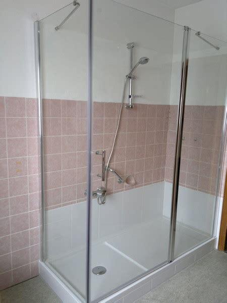 Duschen Umbau Behindertengerecht by Badezimmer Behindertengerecht Umbauen Badewanne Auf