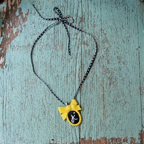 diy chalkboard necklace diy shabby chalkboard necklaces my so called crafty