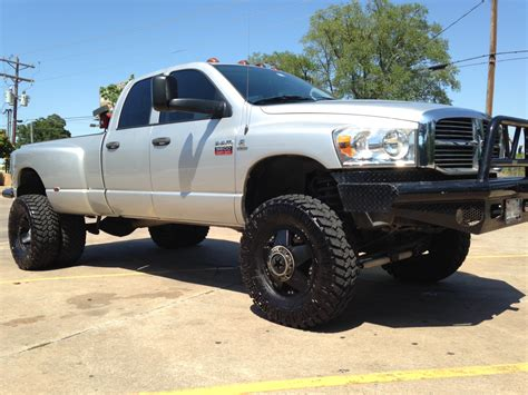 lifted dodge   sale  texas  dodge reviews