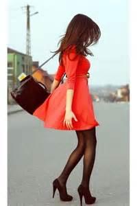 how to wear tights dress like a parisian