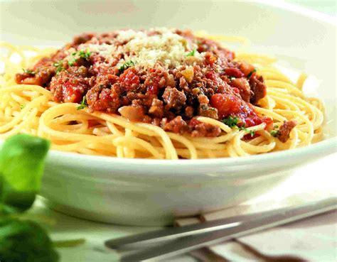 Spghetti Bolognese spaghetti bolognese recipe dishmaps