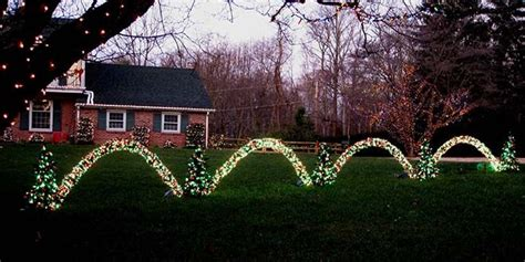christmas driveways on pininterest 28 best how to make light arches outdoor lights and diy arches how to